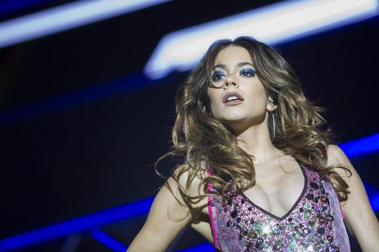 Itt az ideje, hogy megismerje Martina Stoesselt, a 22 éves argentin szépséget, aki már hazánkban is járt