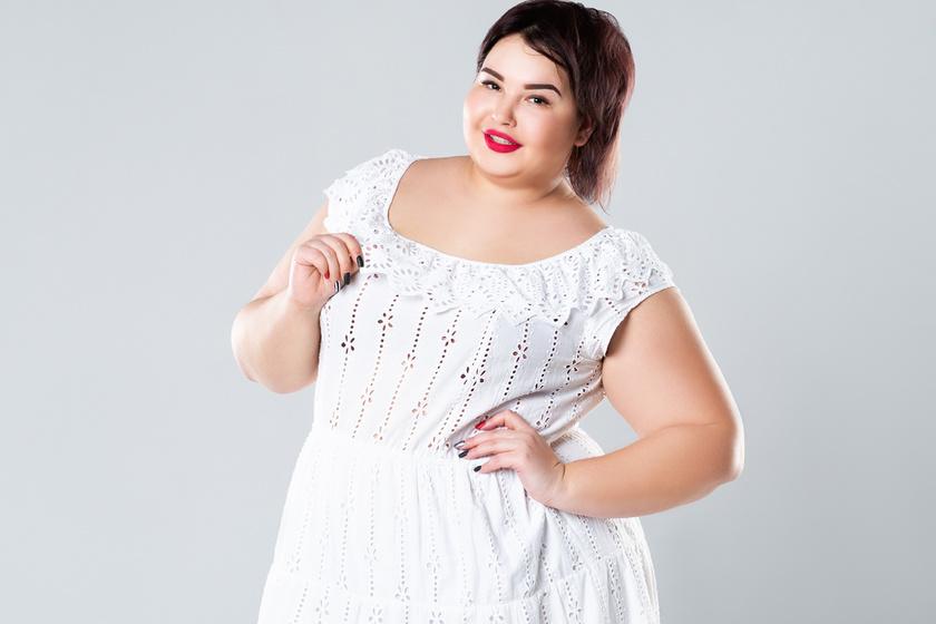 4da4505e02 Extra nőies nyári ruhák, amikhez nem árt néhány plusz kiló: homokóra alakot  varázsolnak