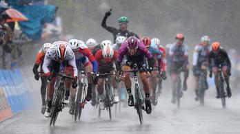 Giro: esőáztatta szakaszon lett meg az első duplázó