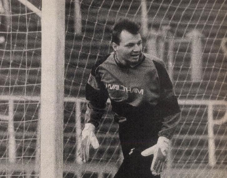 Petry Zsolt a Videoton kapujában 1990-ben
