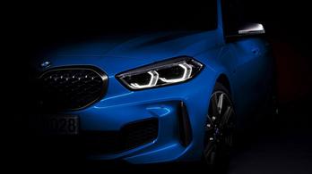 Megvillantják az új 1-es BMW-t