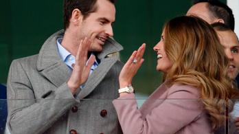 Lovaggá ütötték Andy Murray-t