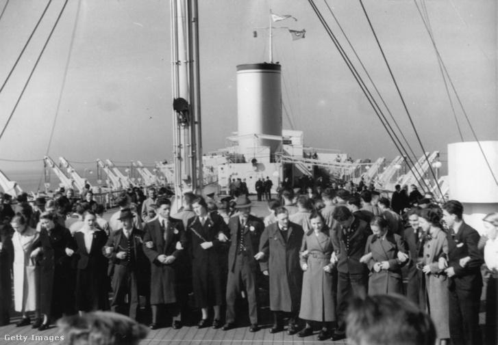 Osztrák és német vendégek a Wilhelm Gustloff hajón 1939-ben