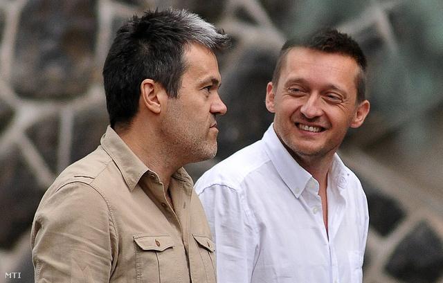 Habony Árpád, miniszterelnöki ötletember és Rogán Hajduszoboszlón, a Fidesz frakcióülésének helyszínén