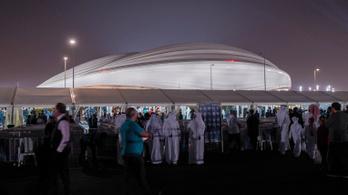 575 millió dollár, Olaszországból hozatott tető - átadták Katar első vb-stadionját