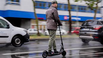 Letiltották a járdákról a villanyrollert a németek