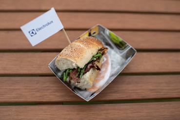 Egy szendvics a belépőhöz is jár