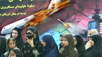 Óvatosan Irán felett, mert egyszer már lelőttünk ott egy polgári gépet - szólt az USA