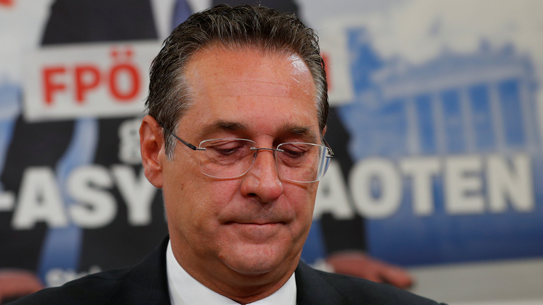 Lemondott Heinz-Christian Strache osztrák alkancellár