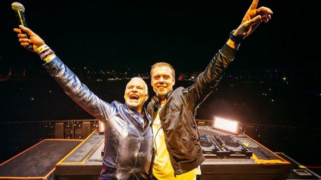 Armin Van Buuren értelmezte újra Van Halen klasszikusát
