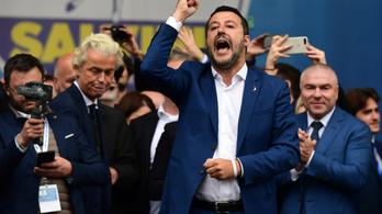 Salvini Európa bevételéről beszélt, Merkel és Weber ezt Európa megsemmisítésének látja