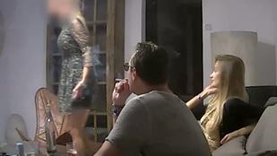 Csinos, szőke, orosz nő húzta csőbe az osztrák alkancellárt az ibiziai luxusvillában