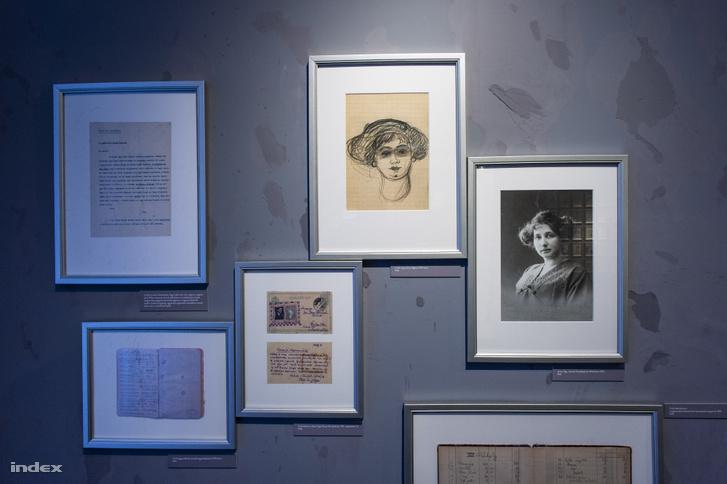 Jónás Olga férje rajzán és egy korabeli fotón, mellette a Kosztolányihoz írt levél, amelyben utasítja kuzinját szenvedéstörténetének megírására.