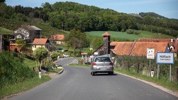Inga-Magyarország: a fél falu osztrákba gürizik