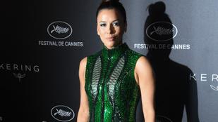 Eva Longoria ritkán visel ilyen előnytelen ruhát, mint vasárnap Cannes-ban