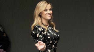 Reese Witherspoon még mindig csak gondolkozik a Dr. Szöszi 3-ról