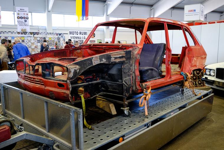 Ilyen nincs is - megmaradt, nagyjából rozsdamentes Renault R16-kaszni