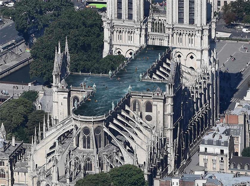 Az Ulf Mejergren Architects úgy gondolta, hogy a legtöbb tervező csak a huszártoronyra fókuszál, ezért ők ezt kihagynák a képletből, és medencét létesítenének a Notre Dame tetején.