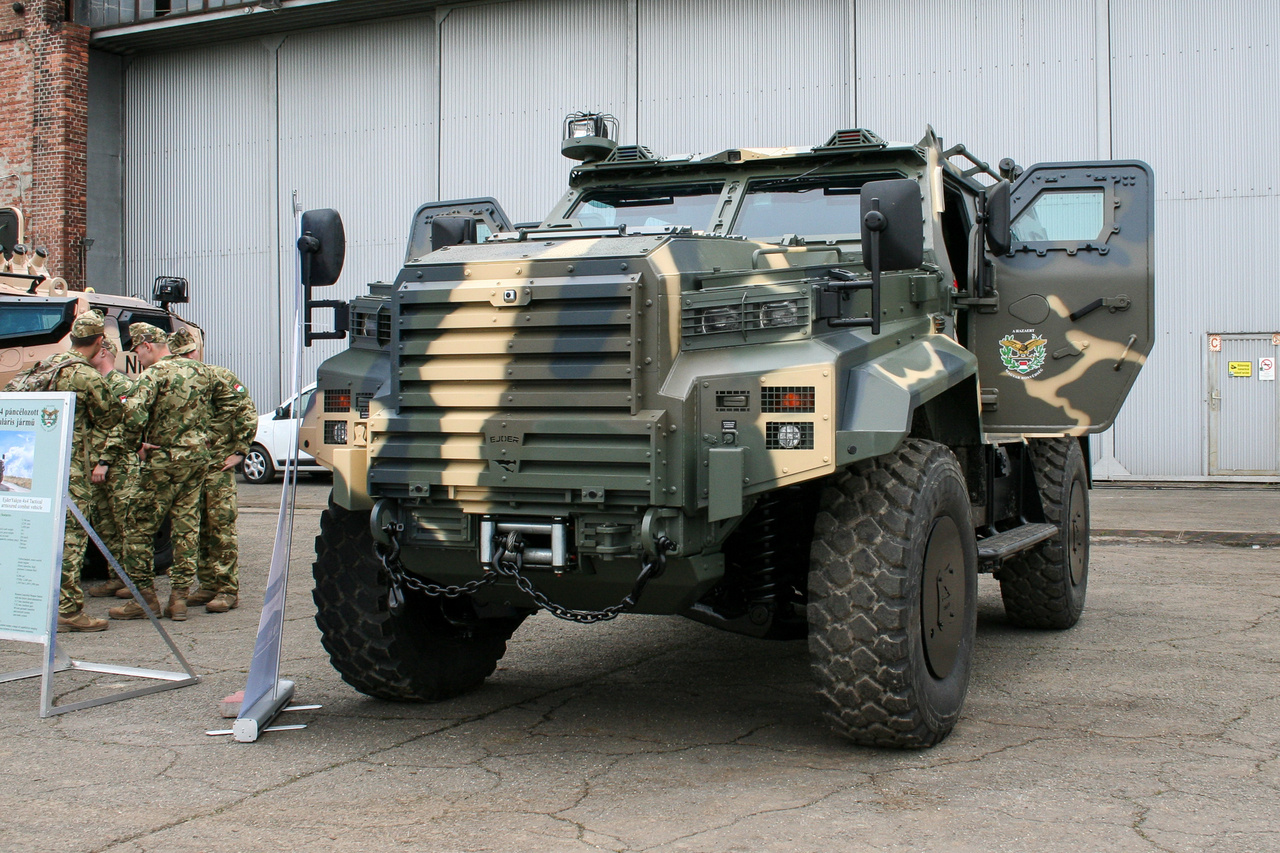 A török NMS cég MRAP-ja és…