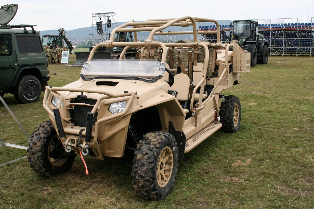 A különleges erők egyik új Polaris MRZR-4-ese