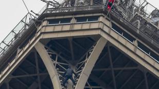 Felmászott egy férfi az Eiffel-toronyra, kiürítik a párizsi látványosságot