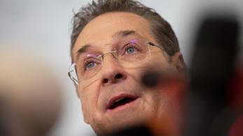 Harcot és az őt lebuktatók megtalálását ígéri híveinek Strache