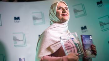 Ománi írónő nyerte el a Man Booker-díjat