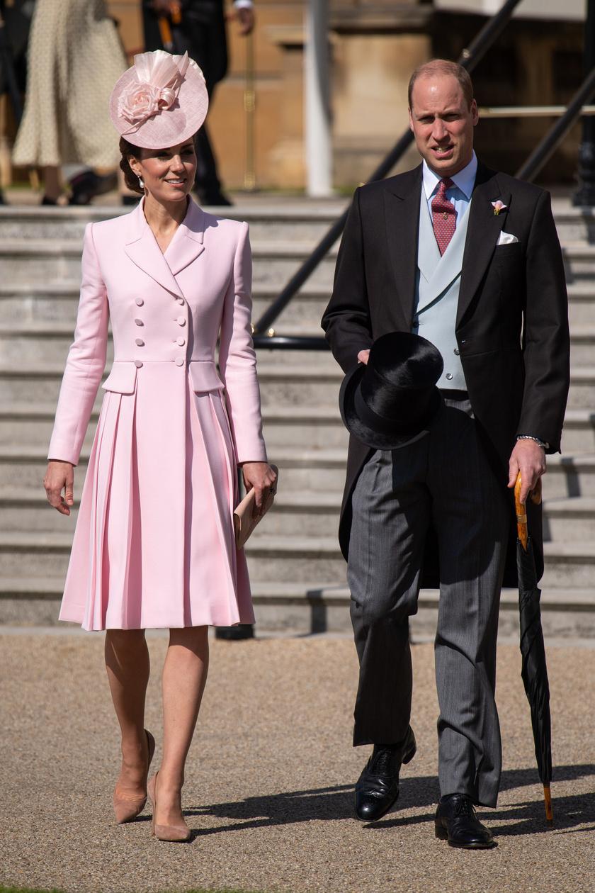 Megunhatatlan ez a rózsaszín szett - nem véletlenül ez Katalin egyik kedvence.