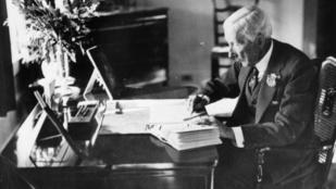 Rockefeller háromszor gazdagabb volt, mint Jeff Bezos