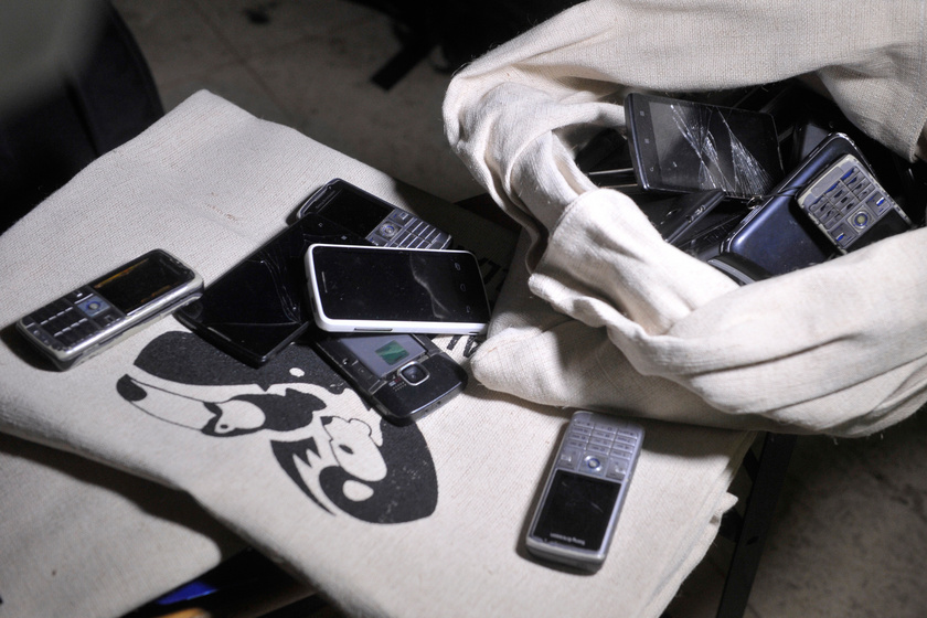 Hol lehet leadni a régi mobiltelefont, ha már nem szeretnéd őrizgetni?