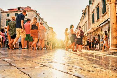 dubrovnik-turista-tomeg