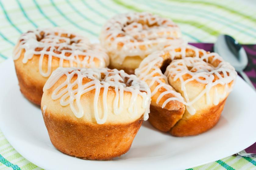 Fahéjas csiga muffinsütőben sütve: így lesz igazán foszlós a kelt tészta