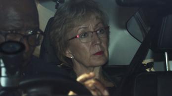 Az EP-választás előtti este lemondott Theresa May egy fontos kabinettagja