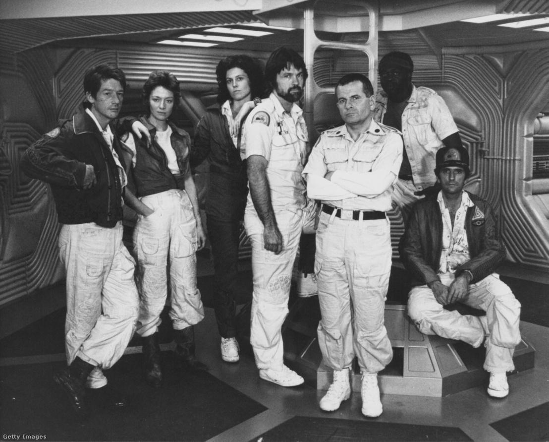 John Hurt, Veronica Cartwright, Sigourney Weaver, Tom Skerritt, Ian Holm, Yaphet Kotto és Harry Dean Stanton, az 'Alien', 1979-es film promóciós fotózásán