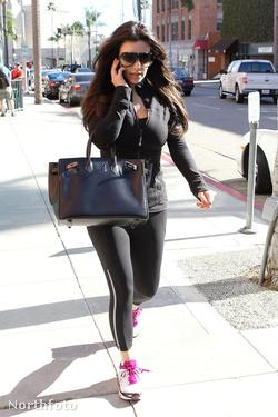 Kim Kardashian edzeni megy - Birkin-táskával