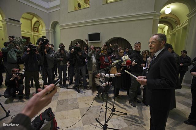 Tulassay Tivadar a doktori visszavonásánek bejelentésekor