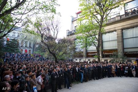Diákok emlékeznek Descoings-ra Párizsban