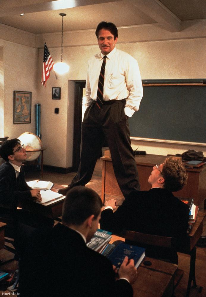 Robin Williams a Holt költők társaságának sikere után tovább csapongott a drámai és a vicces szerepek között, előbbiek kritikai, utóbbiak pénzügyi sikereket hoztak neki