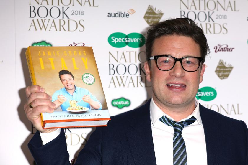 Óriási a botrány Jamie Oliver körül - A sztárséf először reagált a híresztelésekre