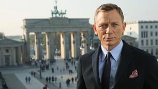 Két hétre leállt a James Bond forgatása