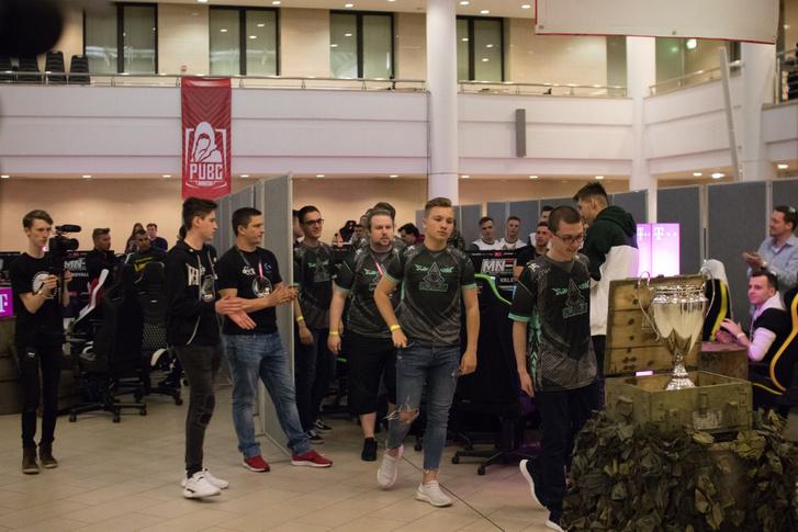 MNEB Első szezon döntő Budapest 2019