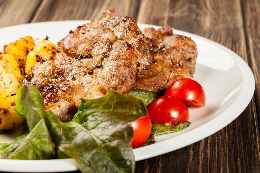 Sörös, pácolt tarja a sütőből: omlós, szaftos főfogás a legegyszerűbben