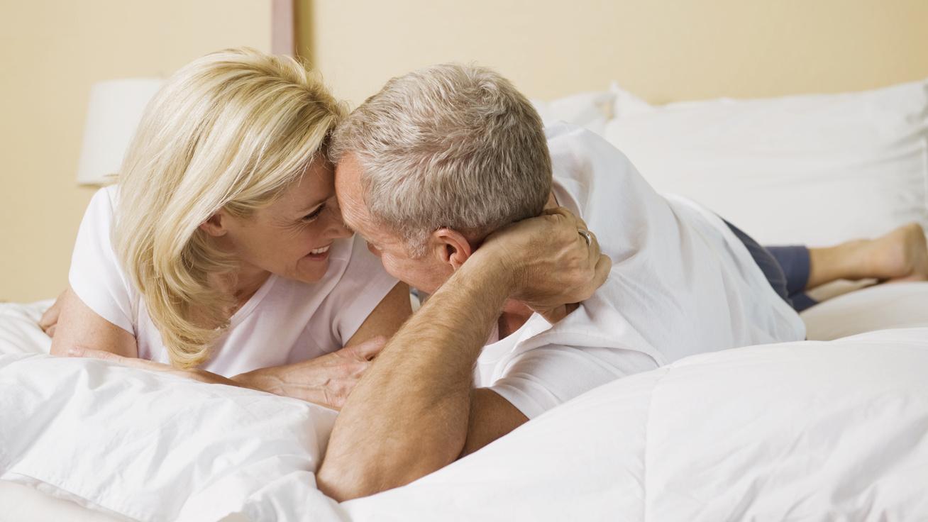 internetes randevú az 50-es évek felett