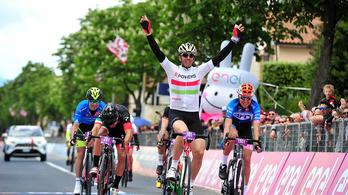 Magyar csapat az élen az elektromos Giro d'Italián