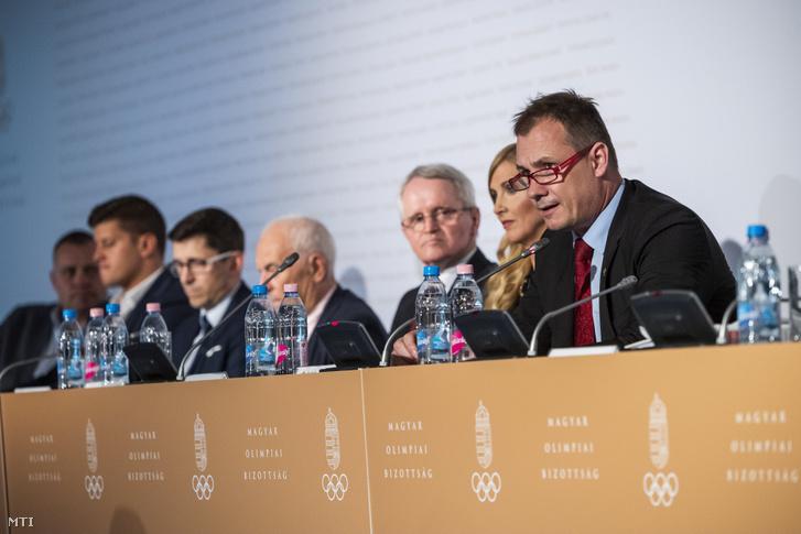 Kulcsár Krisztián a Magyar Olimpiai Bizottság (MOB) elnöke felszólal a szervezet közgyűlésén a budapesti Larus rendezvényközpontban 2019. május 24-én.