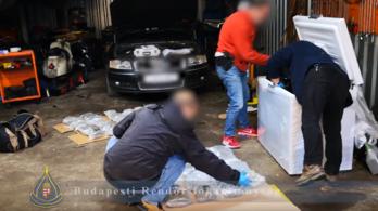 Több mint 17 kiló kábítószert foglaltak le a rendőrök egy szombati akcióban