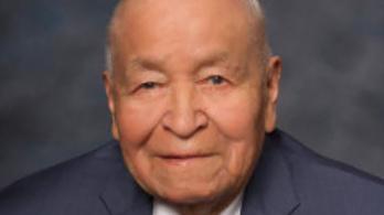 94 évesen elhunyt az egyik leghíresebb navajo kódbeszélő