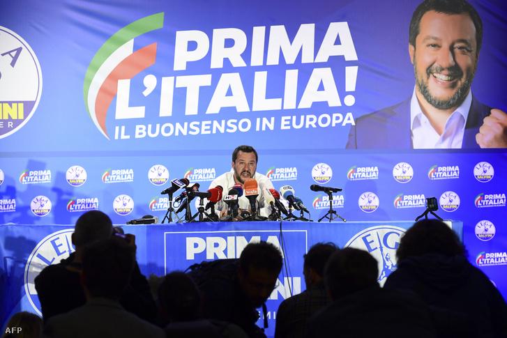Matteo Salvini olasz miniszterelnök-helyettes és belügyminiszter