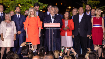 Többes szám, első személyben örültek a vidéki lapok a Fidesz győzelmének