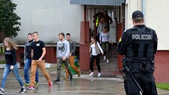 Lövöldözés volt egy lengyelországi iskolában